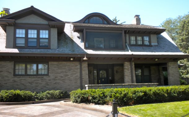 Current Warren Buffett House